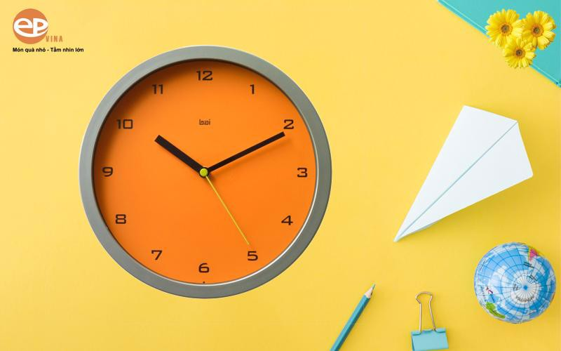 Các mẫu đồng hồ treo tường đẹp có nhiều công dụng thật sự tuyệt vời
