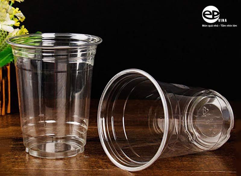 Giá cốc nhựa