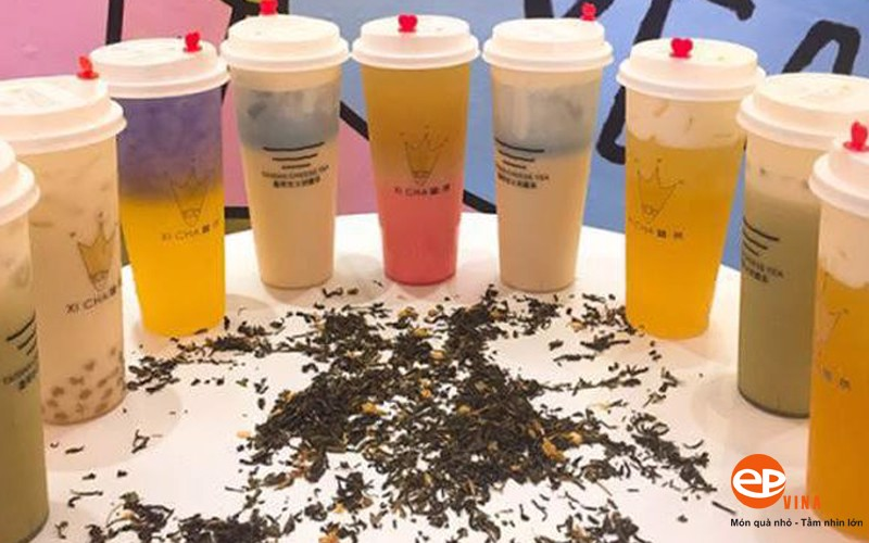 Ly cốc nhựa size L mẫu mã đẹp được nhiều khách hàng lựa chọn