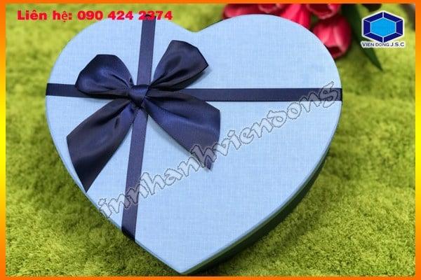 Vỏ hộp giấy đựng quà tặng hình trái tim