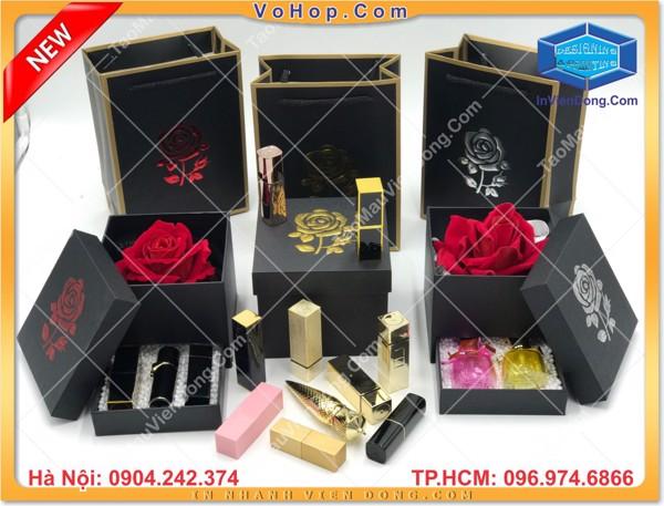 Hộp hoa hồng đựng son môi bán sẵn