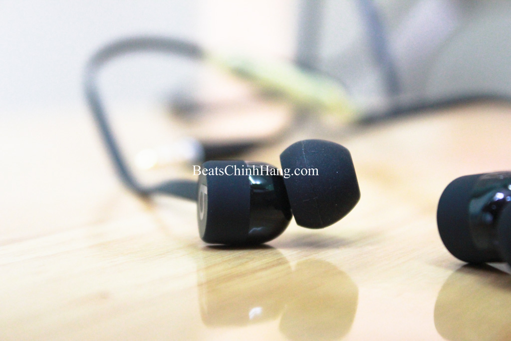 tai-nghe-urbeats-3-chinh-hang-jack-3.5mm-nobox-black-color
