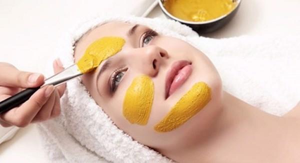 Làm mặt nạ với tinh bột nghê, Mặt nạ dưỡng da bằng tinh bột nghệ, Mặt nạ trị thâm nám với tinh bột nghệ