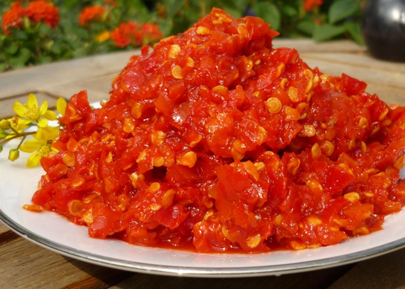 Ớt Tươi Xay - Hủ 200gr - Sông Hương Foods