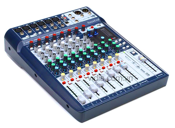 SOUNDCRAFT SIGNATURE12-EU-MIX