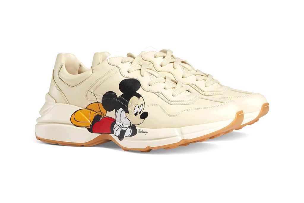 Sneaker Gucci Mickey Mouse giá