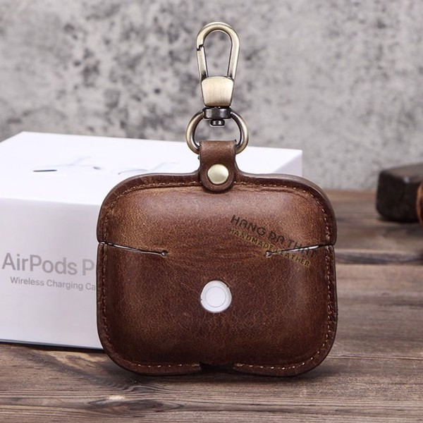 Nên dùng case Airpods bằng DA THẬT hay bằng SILICON