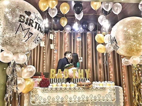 bí mật tổ chức sinh nhật dành cho bạn gái