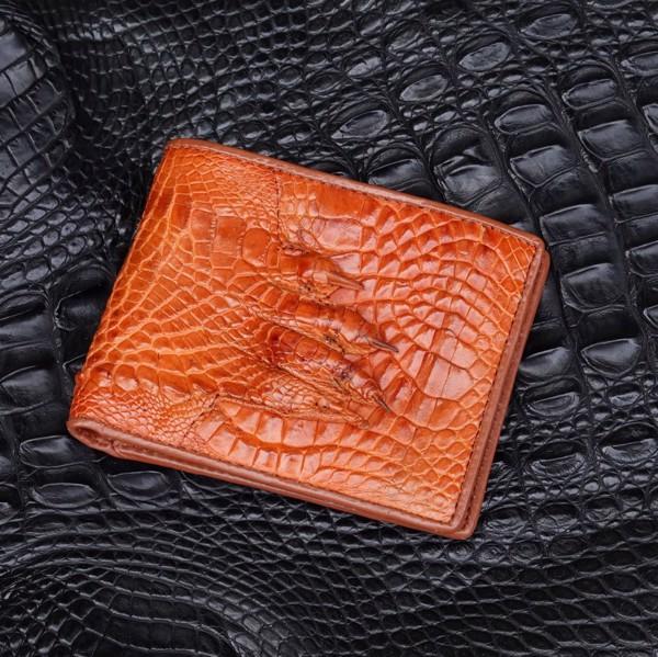 ví da cá sấu màu vàng