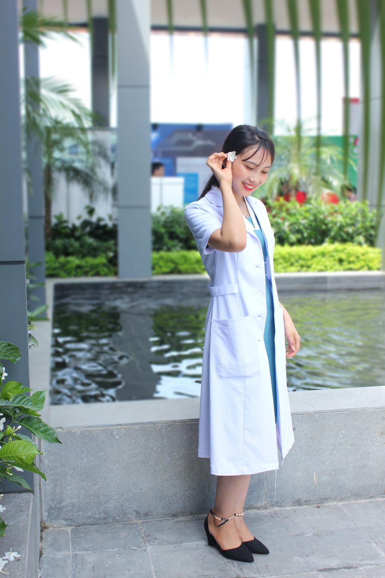 Đồng phục y tế áo blouse bác sỹ nữ