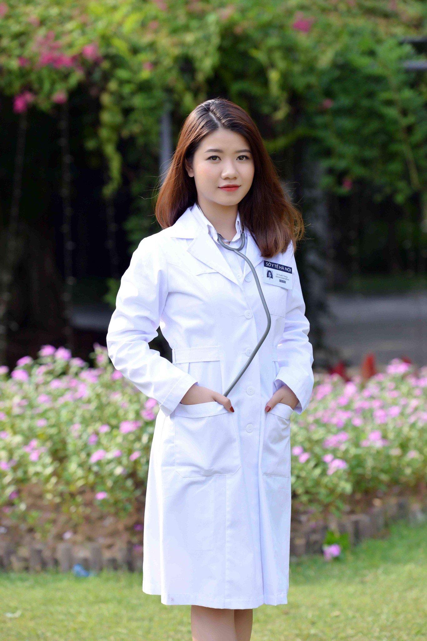 Áo bác sỹ nữ dài tay