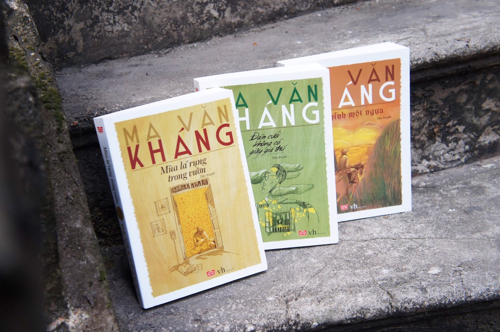 At his 80s, Ma Van Khang still choose DinhtiBooks to reprint 8 of his greatest books