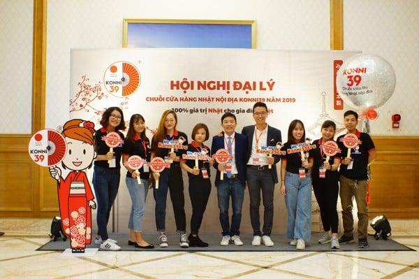 Đội ngũ nhân viên Hệ thống cửa hàng Nhật nội địa Konni39