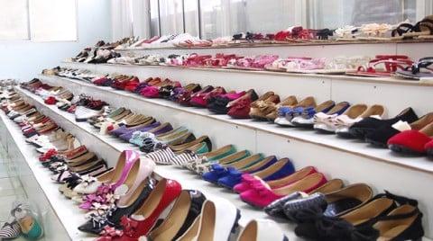 xưởng sỉ giày vnxk tại TPHCM