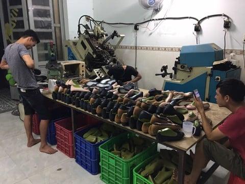 tuyển thợ gò ráp đế giày nữ