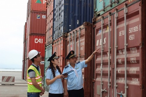 13 Customs Departments have already achieved revenue collection of thousand billion VND