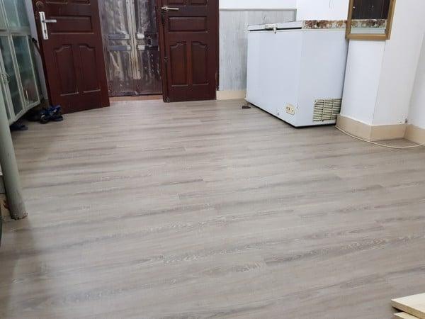 Sàn nhựa giả gỗ cao cấp chất lượng