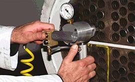 Ống trao đổi nhiệt bị bục? 3 cách kiểm tra chính xác nhất !