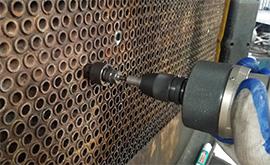 Dịch vụ nong ống, cắt rút ống trao đổi nhiệt bình ngưng