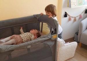 Những lợi ích khi cho trẻ ngủ riêng trong giường cũi