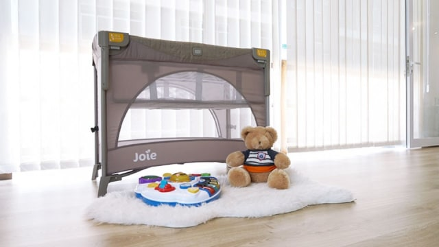Review giường cũi Joie Kubbie Sleep