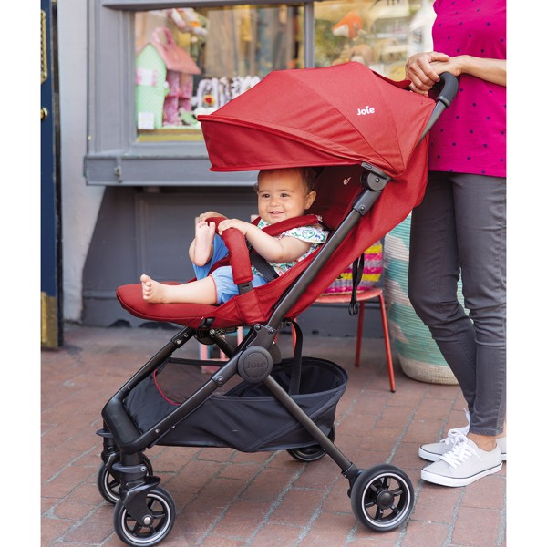 am_pact_pushchair_june2017_2250_cc_hr_grande.jpg