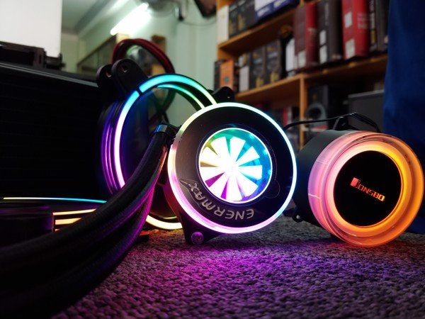 Quick Review: LIQFusion Enermax 240 RGB