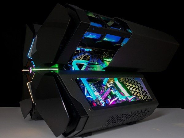 Quick look: QUADSTELLAR SMART CASE