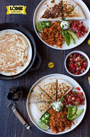 HOW TO MAKE QUESADILLAS WITH LODGE CAST IRON