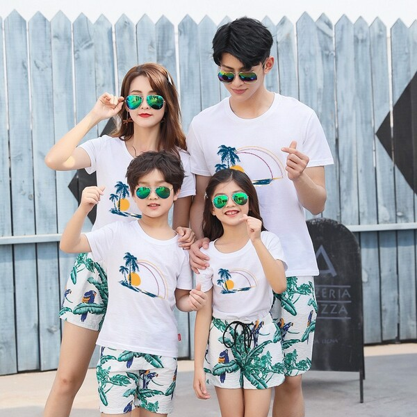 9_bộ quần áo gia đình đi biển đẹp 2020