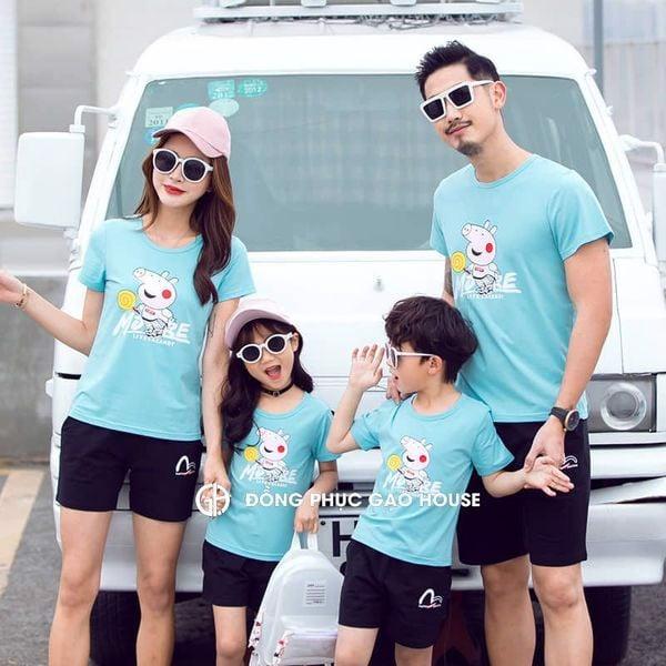 6_bộ quần áo gia đình đi biển đẹp 2020
