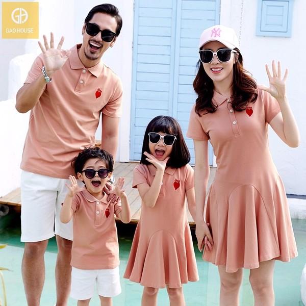 Set áo váy gia đình thanh lịch phù hợp với không gian các buổi tiệc, sự kiện