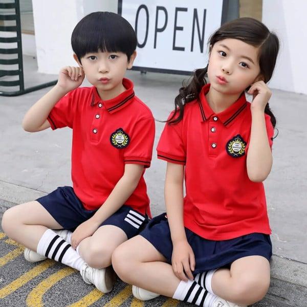 Đồng phục học sinh tiểu học màu đỏ