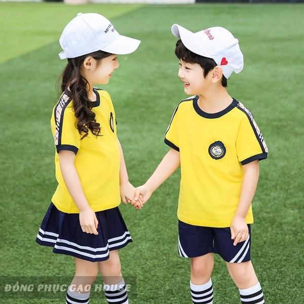 đồng phục mầm non màu vàng