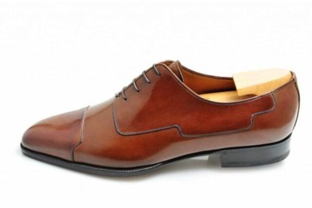 giày Blucher