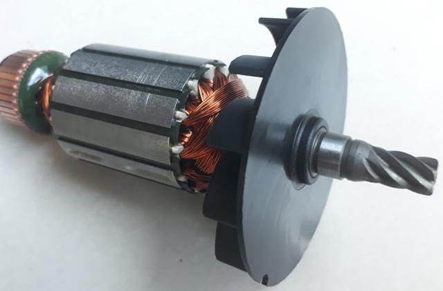 Rotor dây quấn gắn trên máy khoan từ Magbroach
