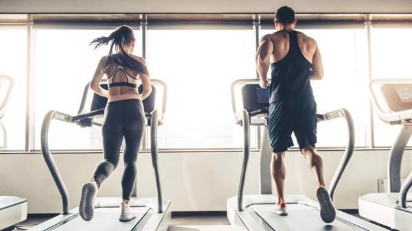 Tập chạy với máy chạy bộ vào buổi sáng rất có lợi cho sức khỏe