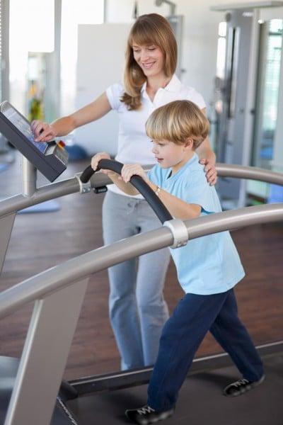 Chạy bộ rất có lợi cho sức khỏe của trẻ em