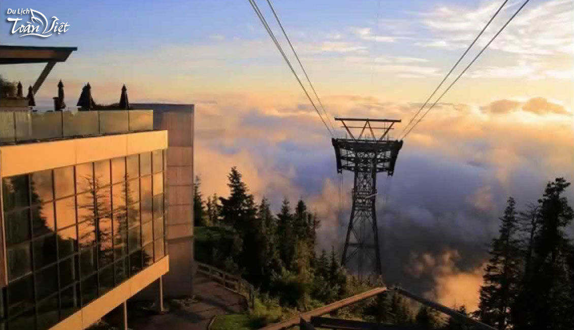 Tour du lịch Canada Grouse Mountain