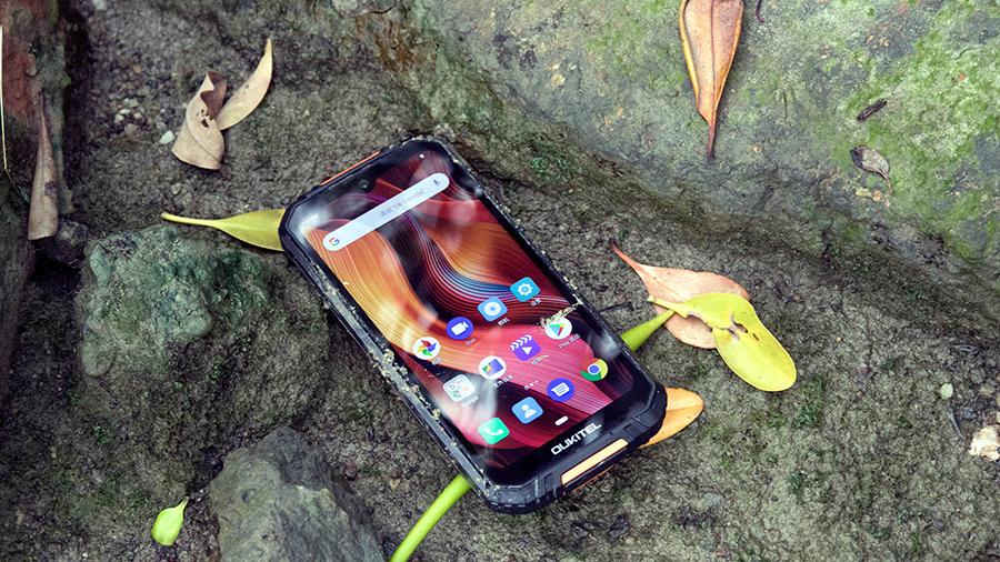 Oukitel WP6 smartphone 3 camera pin khủng 10000mAh siêu bền trình làng tại VN - 09873.09873