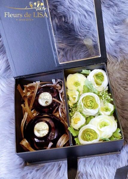 hộp hoa lụa vuông