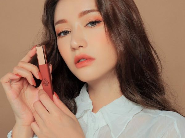 Son 3CE Cloud Lip Tint màu Beige Avenue