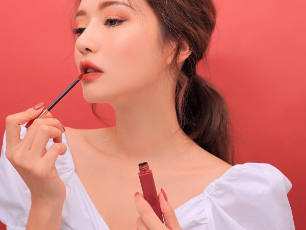 Son 3CE Cloud Lip Tint màu Live A Little
