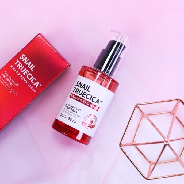 Tinh chất ốc sên Snail Truecica Miracle Repair Serum Some By Mi