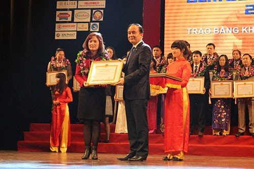 TrungThành is honored in