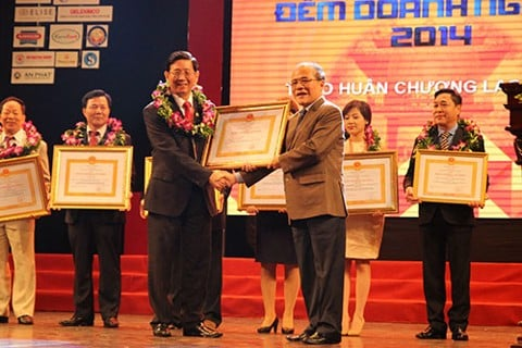 TrungThành is honored to receive two Third-Class Labor medals