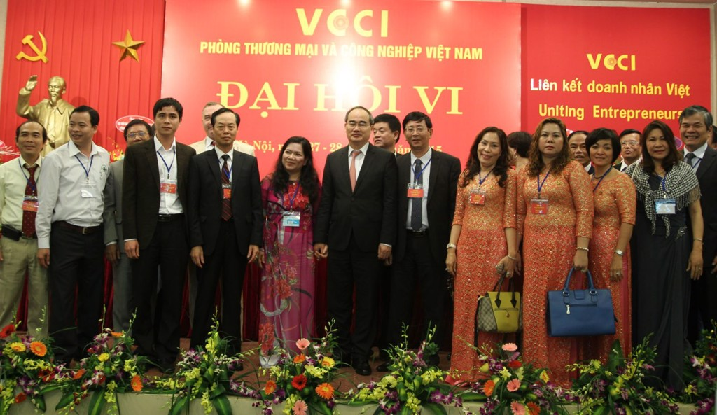 Permanent Deputy Chairman of the Association of Small and Medium Enterprises in Hanoi; Chairman - General Director of TrungThanh Mr. Phi Ngoc Chung attend the Sixth Congress of VCCI