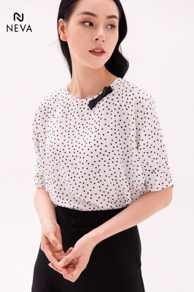 các mẫu áo sơ mi nữ chấm bi đẹp, đen trắng, đẹp nhất, nữ thời trang, cổ tròn