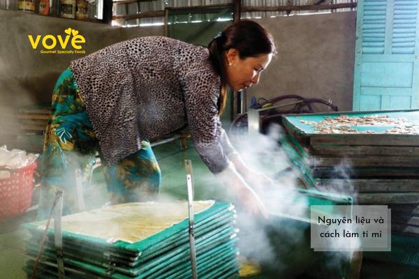Cách làm bánh phồng tôm Nguyên Trân thủ công truyền thống