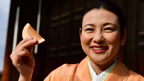 Chiếc lược phát âm tiếng Nhật mang nghĩa xui xẻo